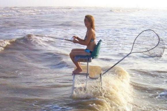 Sexy_girls_fishing-158