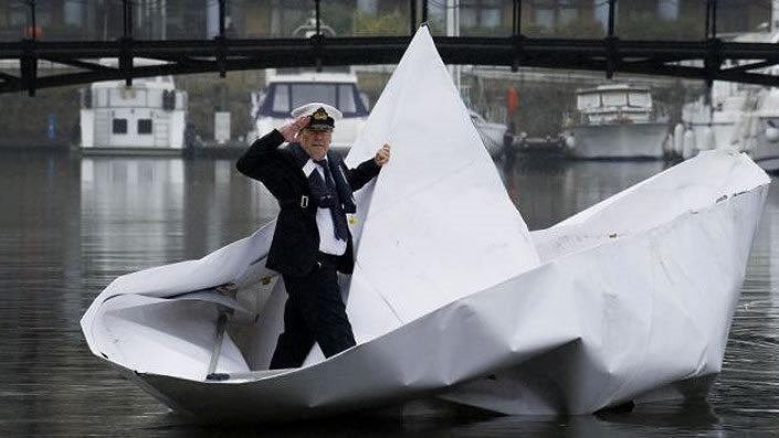 Paperboat_01
