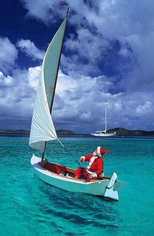 Santa sails