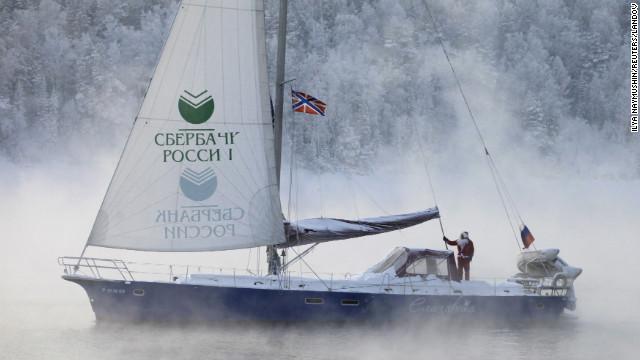 Santa sails 7