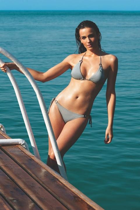 Acalya-Samyeli-Danoglu-in-bikini