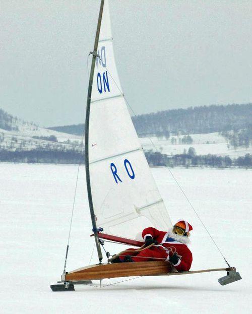 Santa sails-001