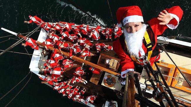 Santa sails 4