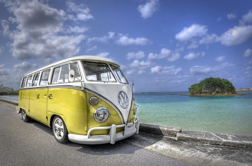1 vw-bus-at-the-beach