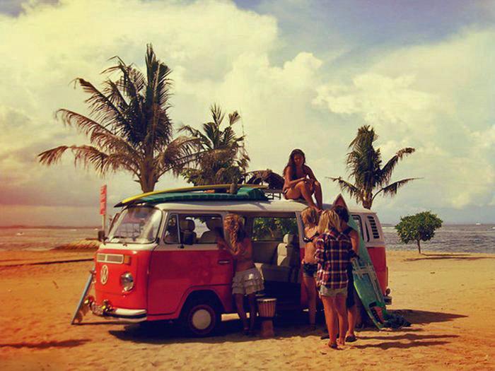 11 VW Wahines beach