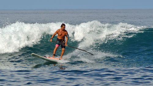 Surf01