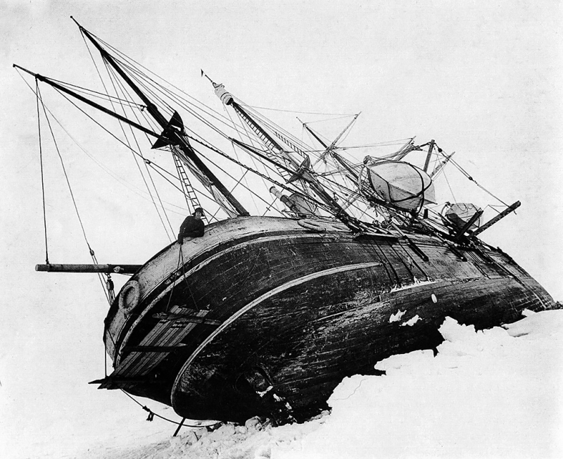 Ernest_shackleton_endurance_19