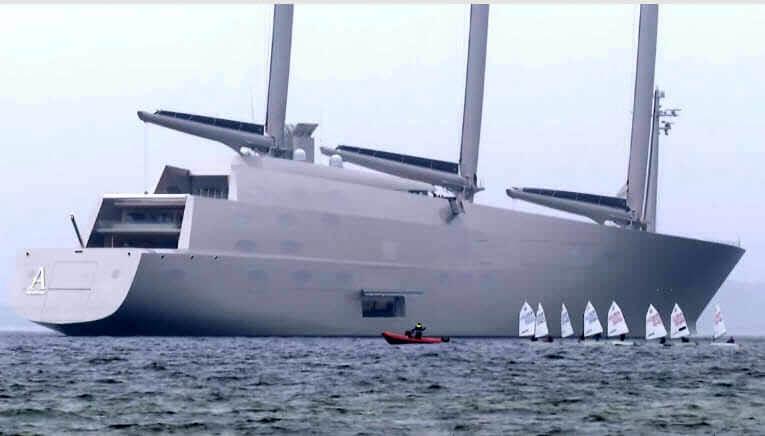 Largest-Yacht-2
